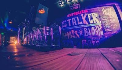 Stlaker Bar & Music Bar, Comida, Cervecería, Música, Evento