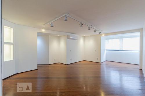 Apartamento À Venda - Moema, 3 Quartos,  121 - S893092064