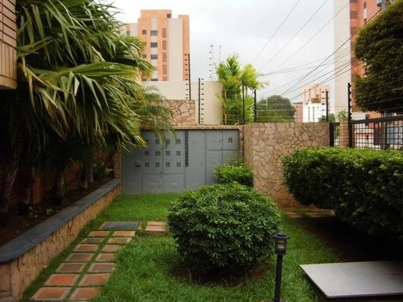 Apartamento En Venta. Tierra Negra. Mls 20-6804.