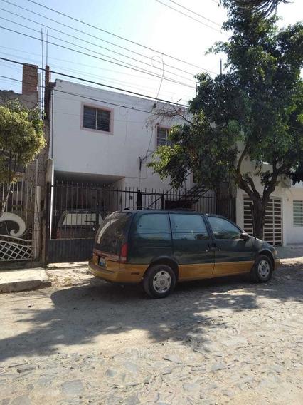 Casa 5 Habitaciones, 3 Baños, 1 Cochera