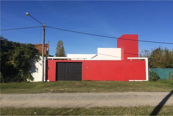 Casa Venta 2 Dormitorios Y 80 Mts 2 Cubiertos- Terreno 300 Mts 2 - Arturo Seguí