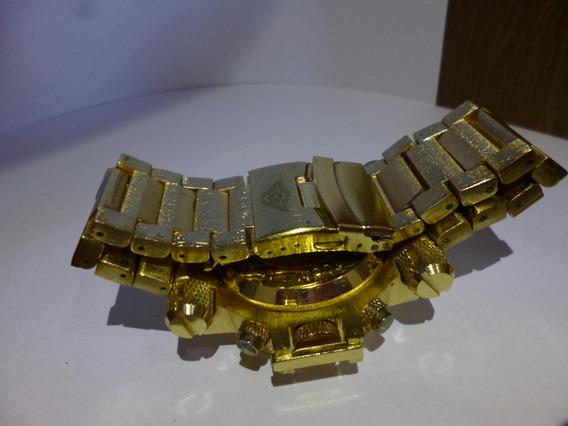 Relógio Estilo Ostentação Usado Modelo Metal