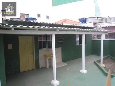 Casa Com 01 Dormitório E Cozinha Próximo Ao Metro/ M1802