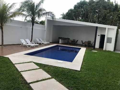 Departamento De Tres Recamaras En Venta En Huayacán, Cancún, Quintana Roo