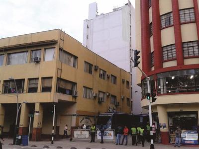 Se Alquilan Oficinas En Edificio