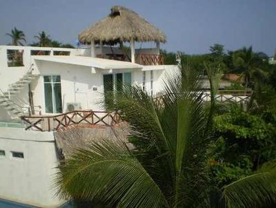 Casa En Renta En Playa Tamarindos, Puerto Escondido, Oaxaca.