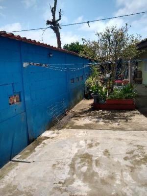 Casa Com 03 Dormitórios No Jardim Jamaica Itanhaém - 6123