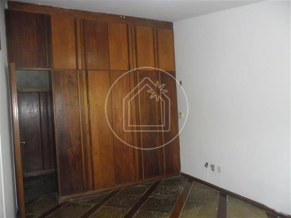 Casa - Ref: 831446