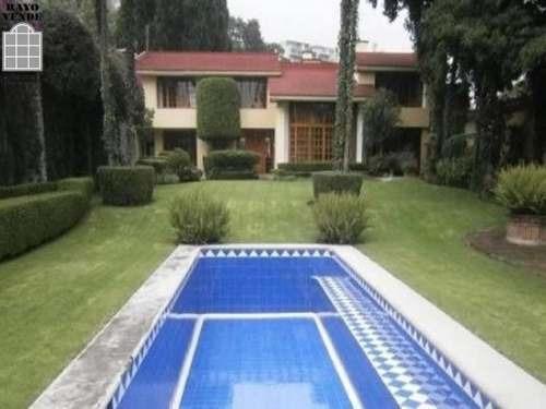 Preciosa Casa En El Corazón De Tlacopac.
