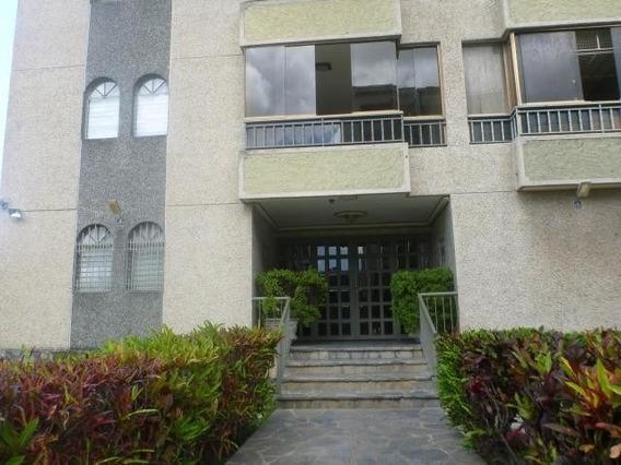 Los Dos Caminos Apartamento En Venta / Código Ip 20-12577