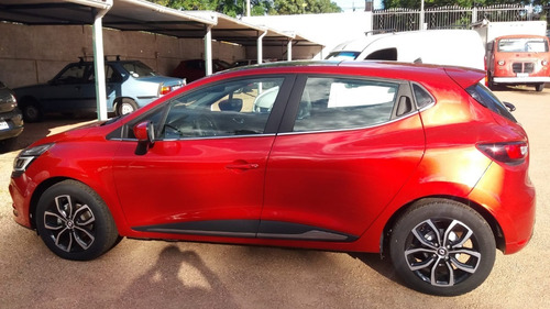 Renault Clio Vi Intens Año 2021 - Motor 0.9 Iv Tce90 - 0 Km