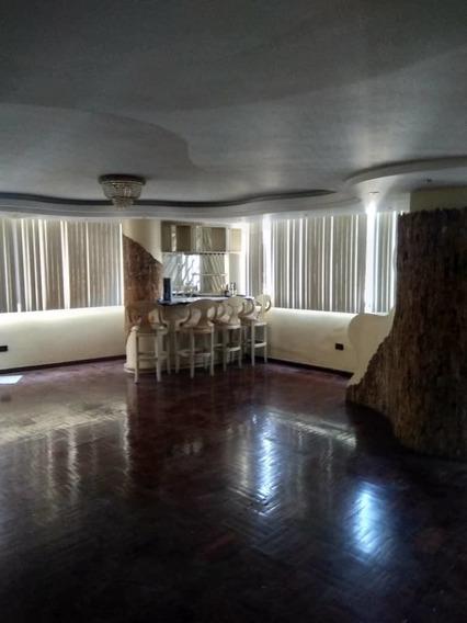 Maison Vende Apartamento En San Isidro 04149436977