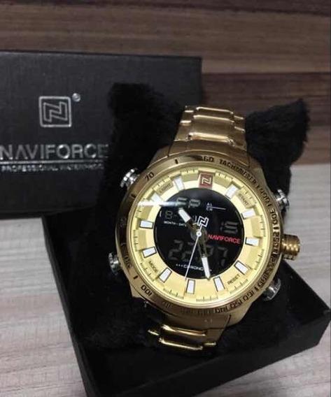 Relógio Naviforce Em Aço Dourado