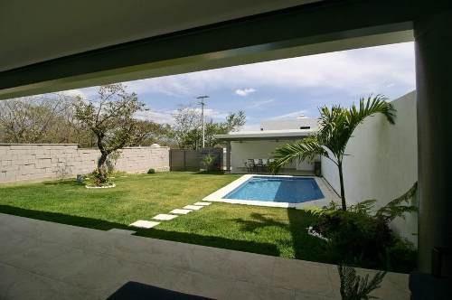 Casa En Venta En Cuernavaca. J. De Jiutepec. C5