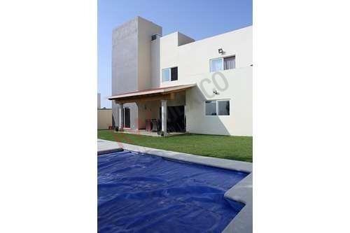 Casa En Venta, Fracc. Lomas Del Sol Cuernavaca Mor.