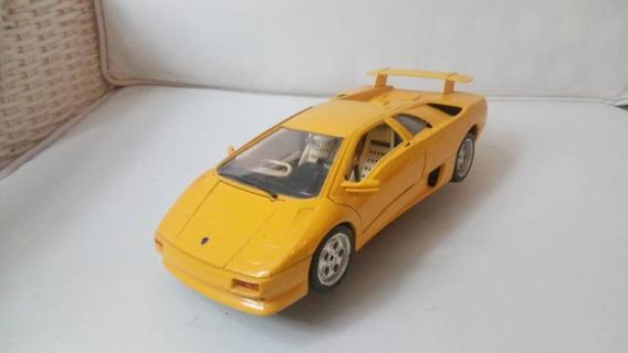 Lamborghini Diablo Año 1990 Escala 1/18 Burago