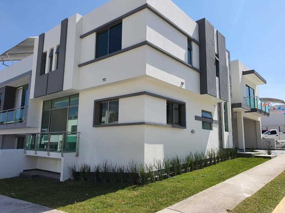 Casa 72-c En Esquina En La Cima