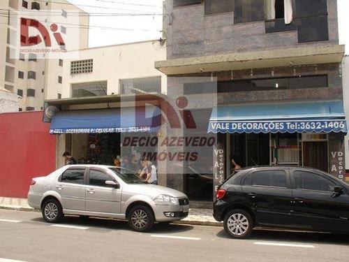 Kitnet Com 1 Dormitório Para Alugar, 30 M² Por R$ 650,00/mês - Centro - Taubaté/sp - Kn0002