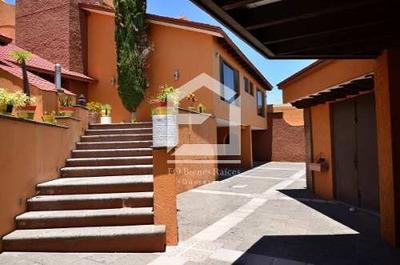 Colinas Del Parque, Hermosa Casa En Exclusivo Fracc. (muy Céntrica)