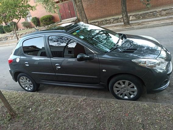 Peugeot 207 Xt 1.9 Sd 2010