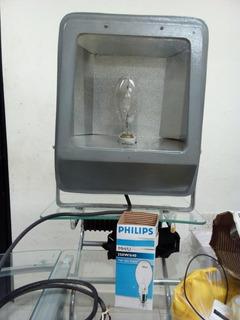 2 Reflectores 250watts, Incluye Foco Aditivos Metalicos