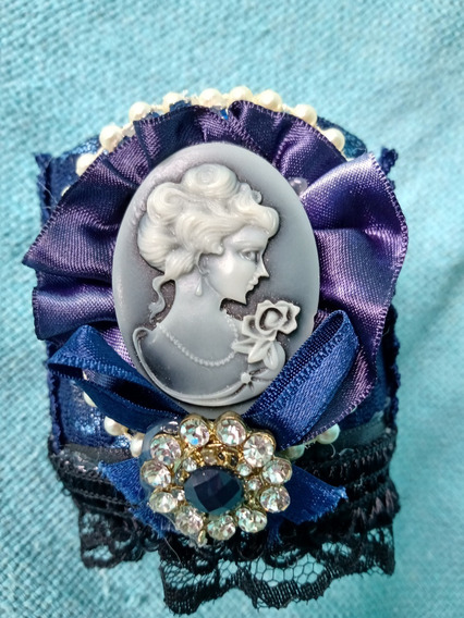 Bracelete Pulseira Renda Mulher Antiga Camafeu Pérolas Lindo