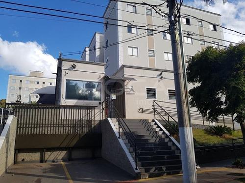 Venda De Apartamentos / Padrão  Na Cidade De São Carlos 21400