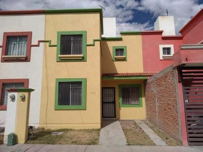 Casa Sola En Venta Fracc. Real De Haciendas