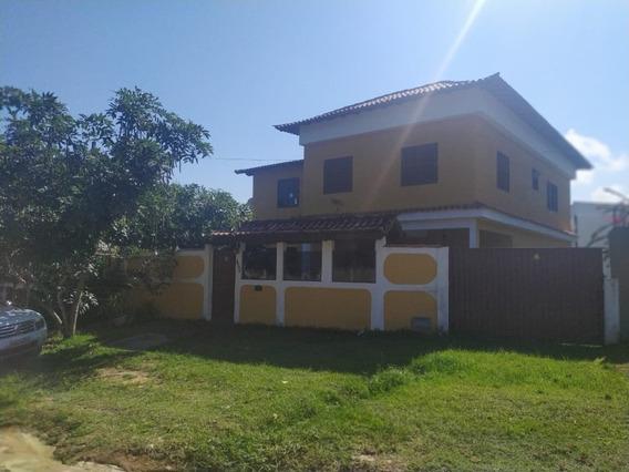 Casa Araruama 6 Quartos