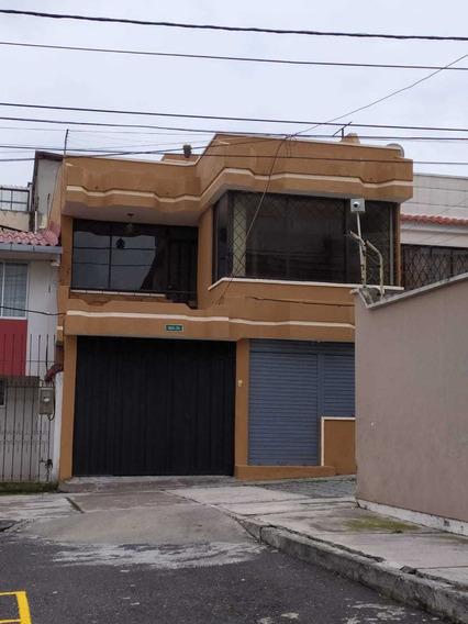 Se Arrienda Linda Casa En Carcelén, Únicamente Para Familias