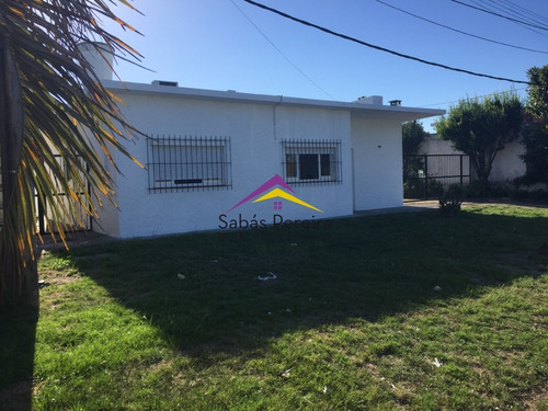 Imagen 1 de 18 de Venta De Casa De 3 Dormitorios En Maldonado - Ref: 40638