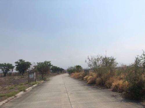 Terreno Campestre En Club De Golf Santa Fe / Xochitepec - M2ai-70-tca