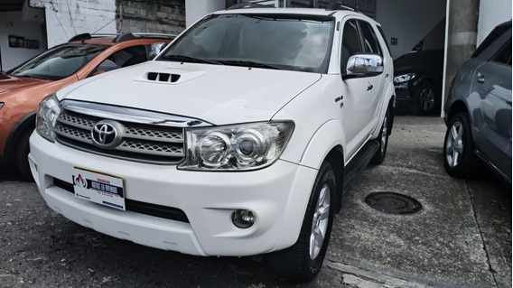 Toyota Fortuner Diesel 3.0 Automátic