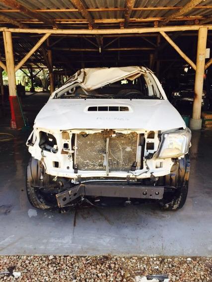 Toyota Hilux 3.0 Srv Cab. Dupla 4x4 Aut. 4p Sucata
