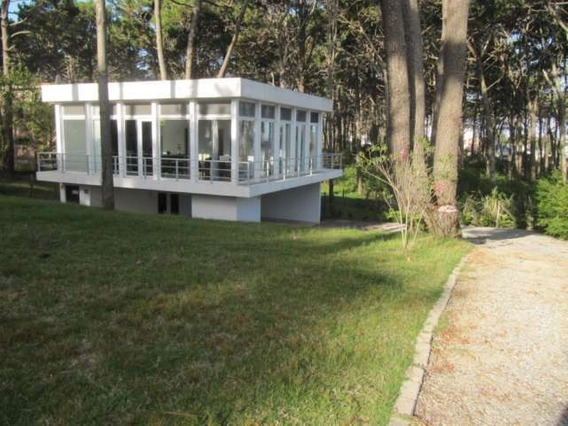 Casas En Venta 2 Dormitorios Montoya Punta Del Este - Dl764