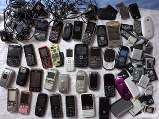 Lote Com Celulares Baterias E Carregadores Todos Os Das Foto