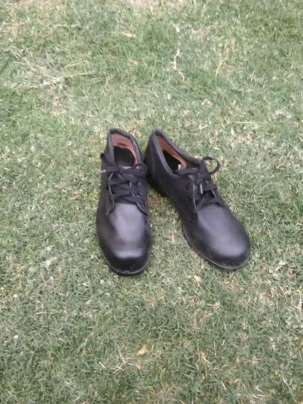 Zapatos De Cuero Con Puntera Talle 39 Y 41