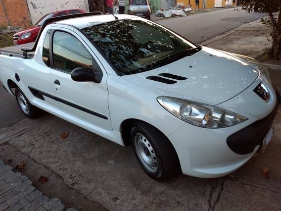 Peugeot Hoggar 1.4 X-line Flex 8 V 2 P
