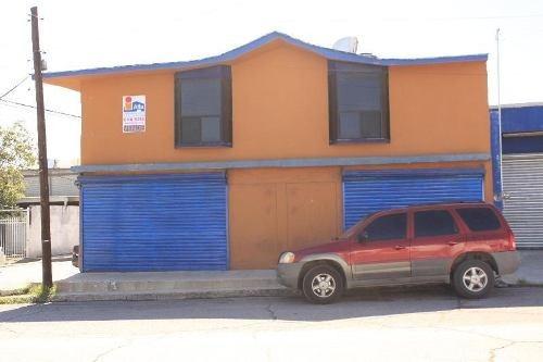 Local Con Departamentos En Venta Por La Normal Del Edo.