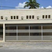 Se Vende Casa De 4 Recamaras Y 4 Baños En Col. García Gineres