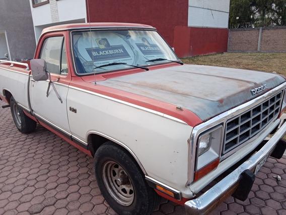 Dodge D 100 Adventure V6 Standar