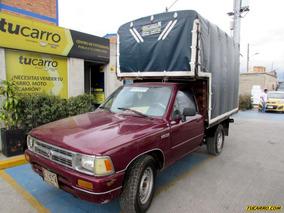 Toyota Hilux Rr 85 Mt 2400