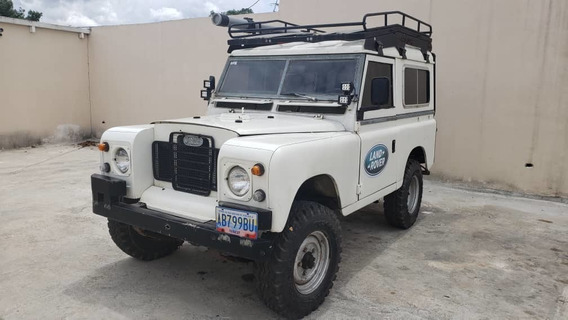 Land Rover Año 1972 Blanco