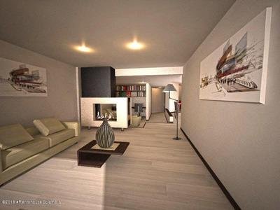 Apartamento En Venta Multicentro Unicentro Fr Ca Mls 19-401