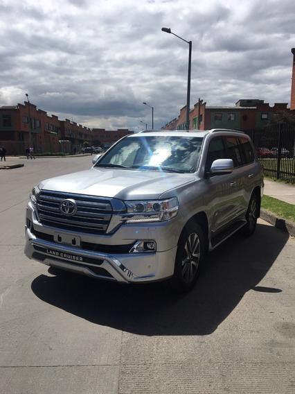 Toyota Land Cruiser 200 Vx-s 4.5 Diesel Premium Edition 2019