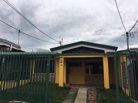 Res. Yurusti Casa 36c Santo Domingo De Heredia.
