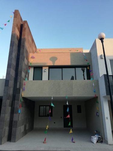 Renta De Casa En Residencial Victoria, Zona Tlaxcalancingo