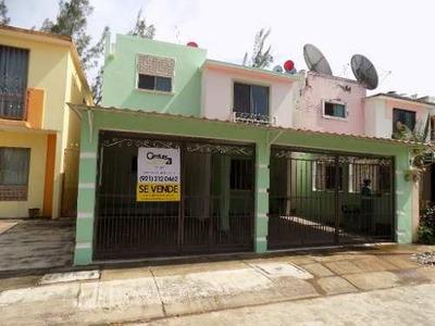 Casa En Venta, Fracc. Eduardo Soto Inés, Minatitlán, Ver.
