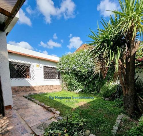 Hermosa Casa En El Corazon Del Prado. 3 D Y Servicio