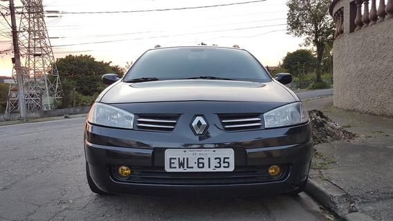 Renault Megane Grand Tour 1.6 Dynamique Hi-flex 5p 2013